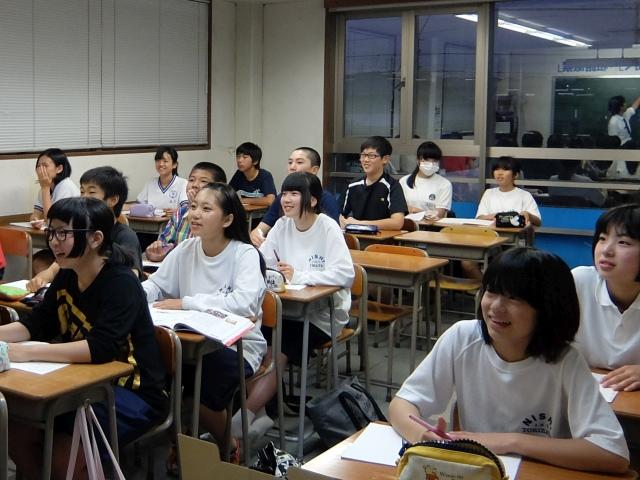 加茂ゼミナール美濃加茂本部校 生徒にも一生懸命努力してもらいます!